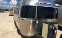Adam Curry - Airstream - I Love Laundry Tour 2015